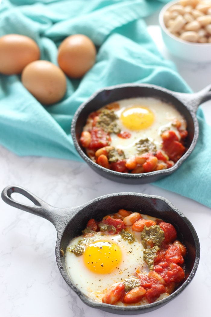 Skillet Eggs with White Beans 2