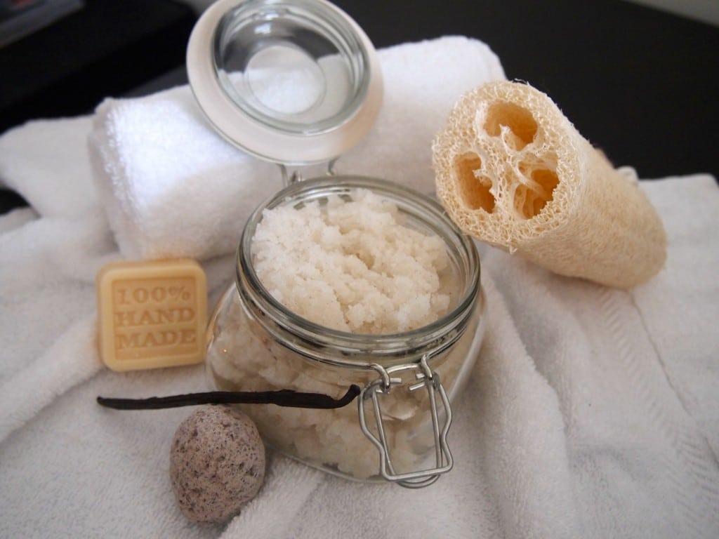 Vanilla Coconut Scrub