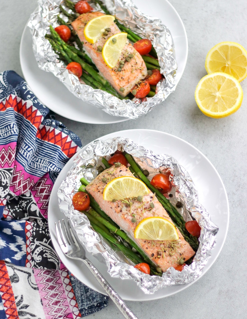 Fish Packets with vegetables that you can grill or bake
