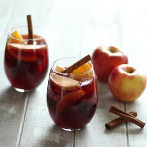 Honey Crisp Apple Sangria